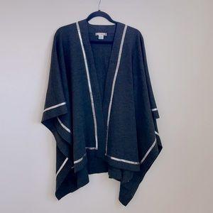 St. John Santana Knit grey silver poncho OS